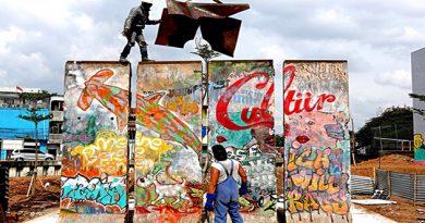 Tembok Berlin, Saksi Bisu Perang Dingin